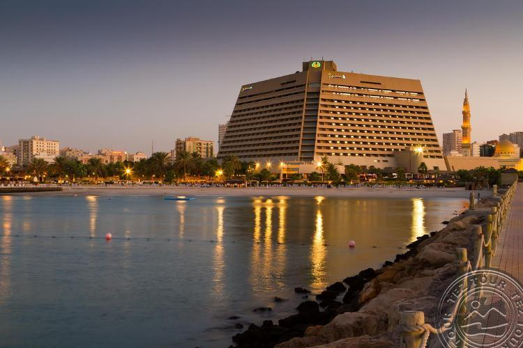 RADISSON BLU RESORT SHARJAH 5 * - Šardža, JAE