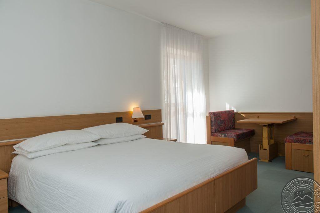 AI PINI HOTEL (VIGO DI FASSA) 3 * №11