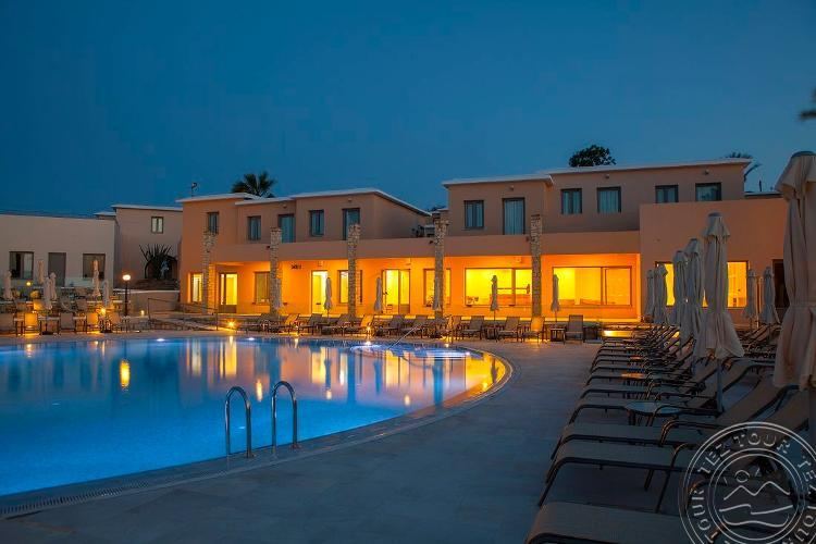 Louis St. Elias Resort 4 * - Protara, Kipra