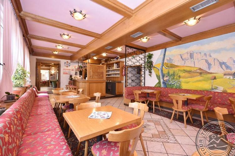 VILLA AGOMER HOTEL (ALBA DI CANAZEI) 2 * №9