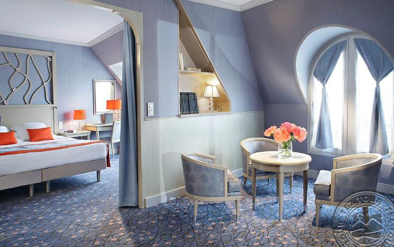 ROCHESTER CHAMPS ELYSEES 4 * №17