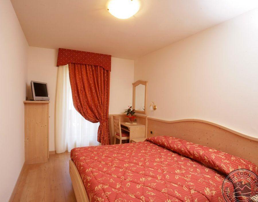 BEVERLY HOTEL (PINZOLO) 4* Super №9