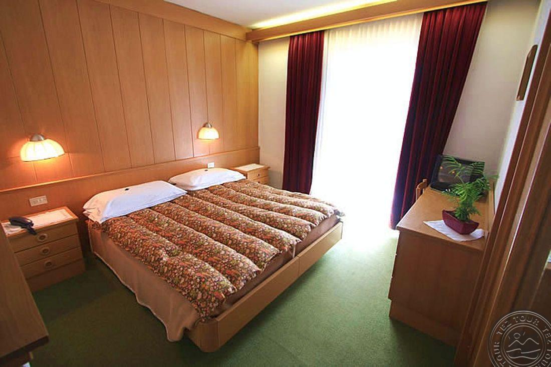 MONZONI HOTEL (POZZA DI FASSA) 3 * №2