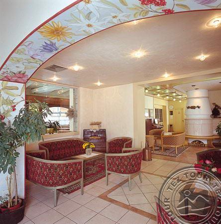 IDEAL HOTEL (MADONNA DI CAMPIGLIO) 4 * №12