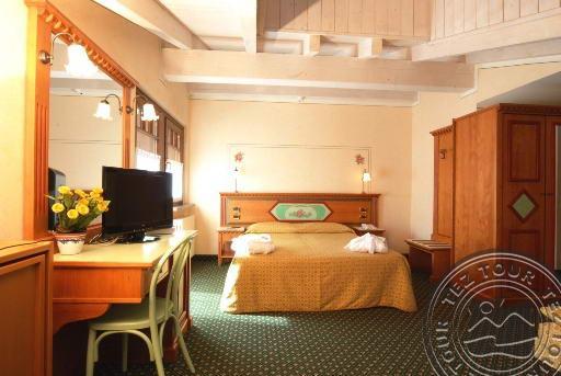IDEAL HOTEL (MADONNA DI CAMPIGLIO) 4 * №18