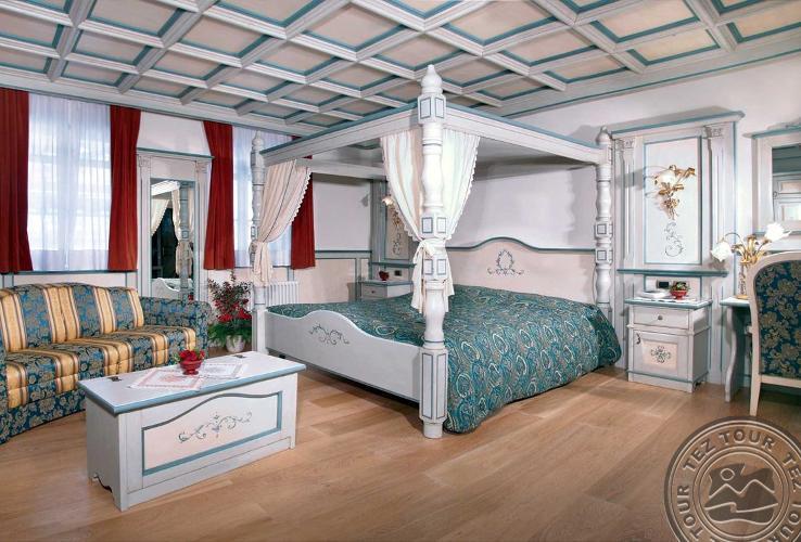 DOLOMITI SCHLOSS HOTEL & CLUB (CANAZEI) 4 * №19