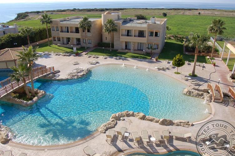 PANARETI CORAL BAY HOTEL Apts - Пафос, Кипр
