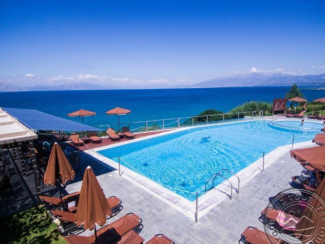NIFOREIKA BEACH HOTEL & BUNGALOWS 3 * - Peloponesas, Graikija
