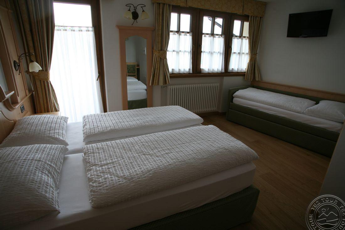 CHALET CAMPIGLIO IMPERIALE GARNI HOTEL (SANT ANTONIO DI MAVIGNOLA) 4 * №14