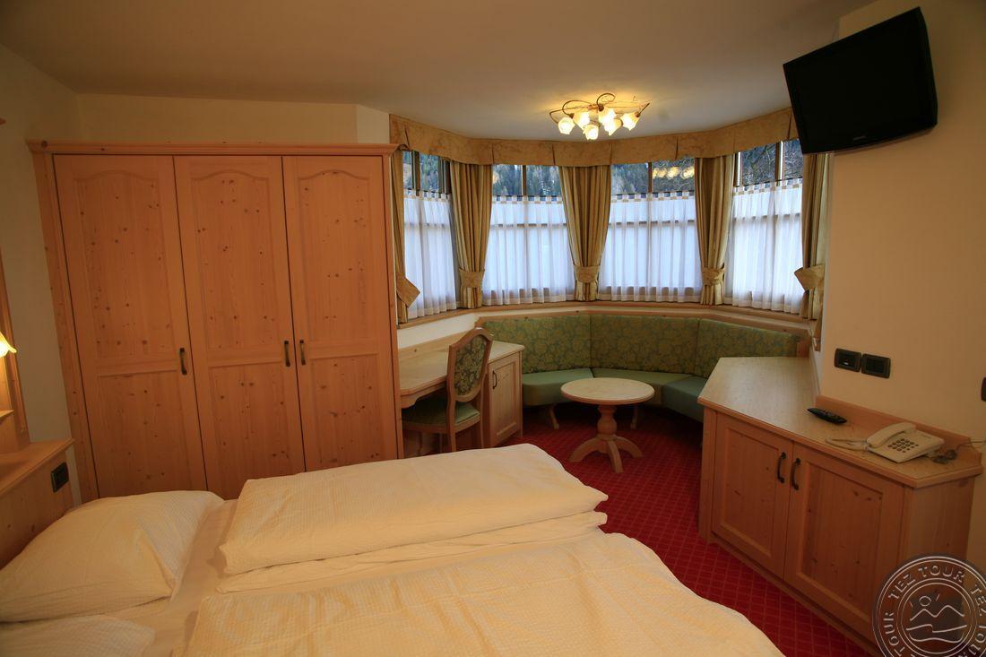 CHALET CAMPIGLIO IMPERIALE GARNI HOTEL (SANT ANTONIO DI MAVIGNOLA) 4 * №5
