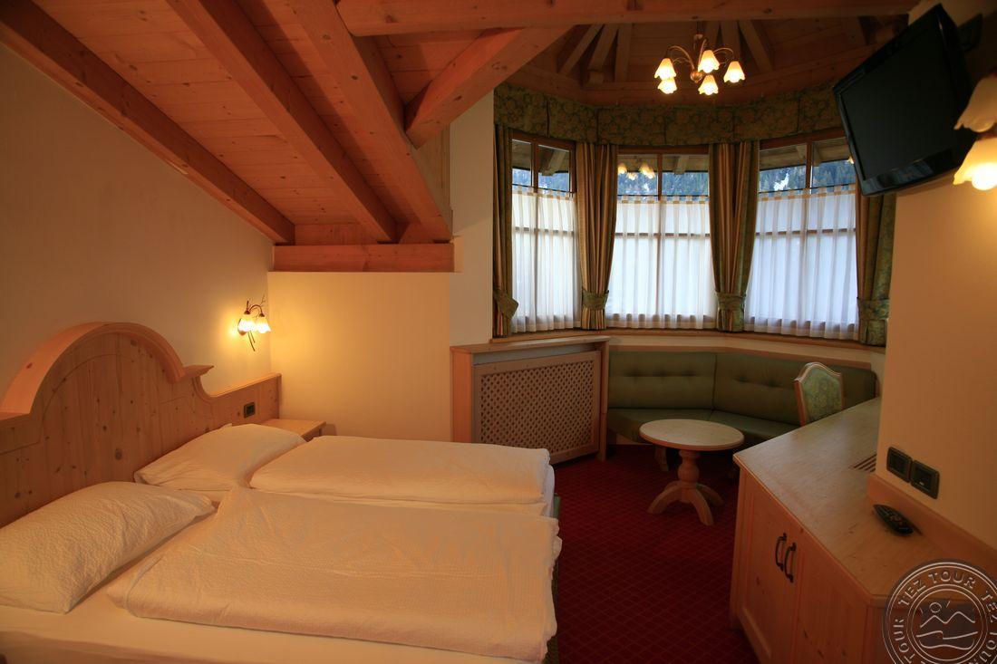 CHALET CAMPIGLIO IMPERIALE GARNI HOTEL (SANT ANTONIO DI MAVIGNOLA) 4 * №7