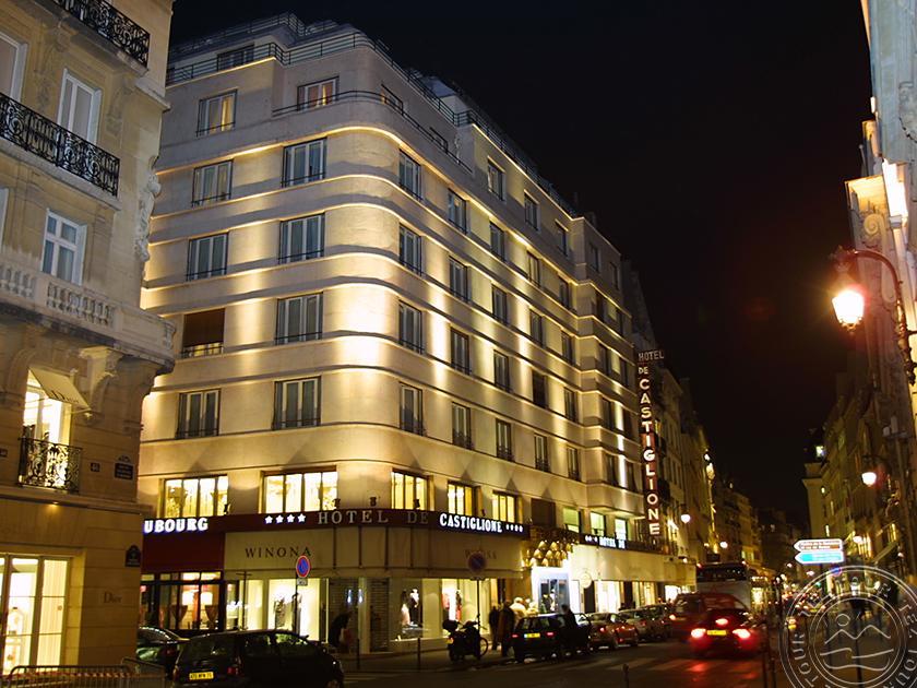DE CASTIGLIONE (PARIS) 4 *