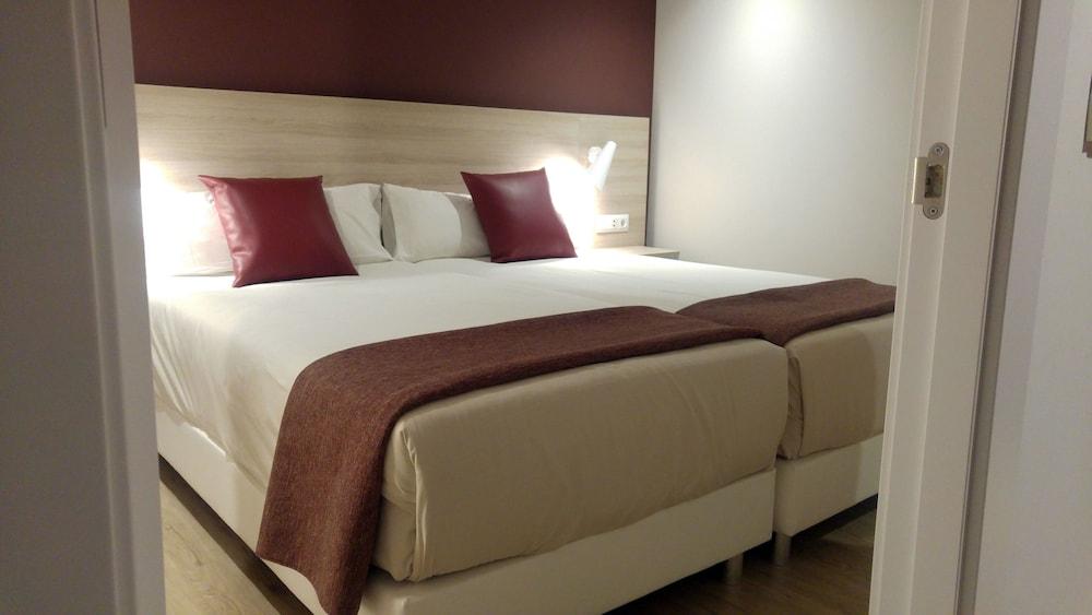 Hotel & Apartahotel SERHS Cosmos 3* №24