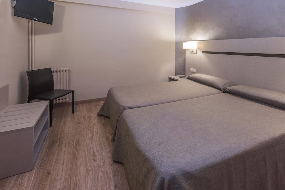 Hotel & Apartahotel SERHS Cosmos 3* №8