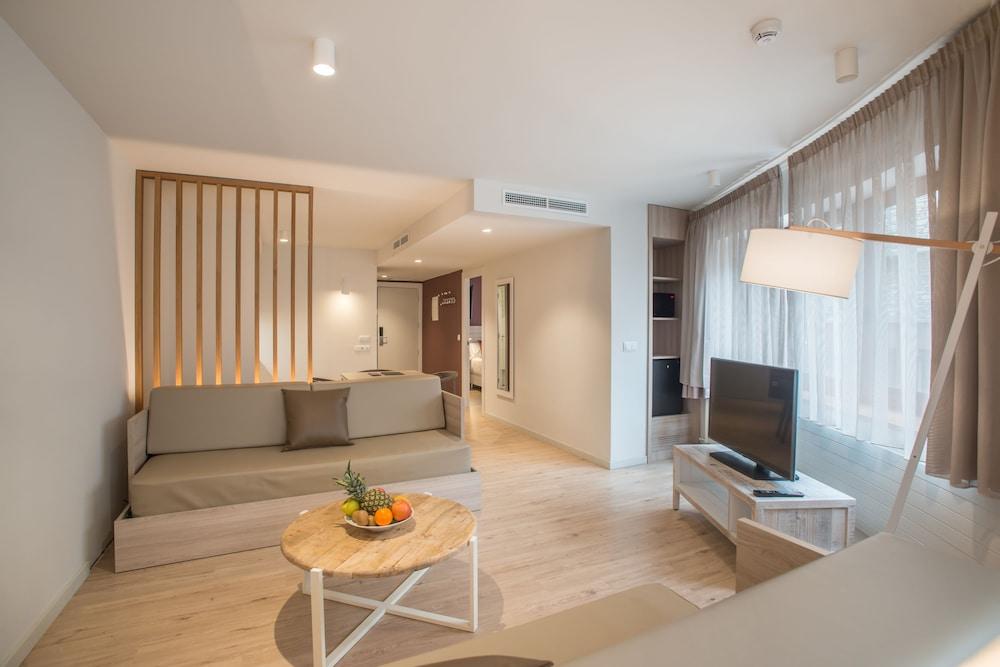Hotel & Apartahotel SERHS Cosmos 3* №36