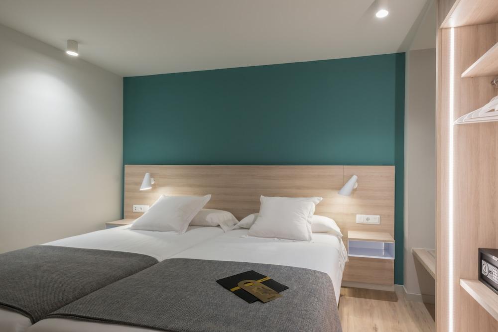 Hotel & Apartahotel SERHS Cosmos 3* №16