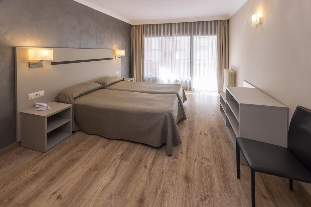 Hotel & Apartahotel SERHS Cosmos 3* №6