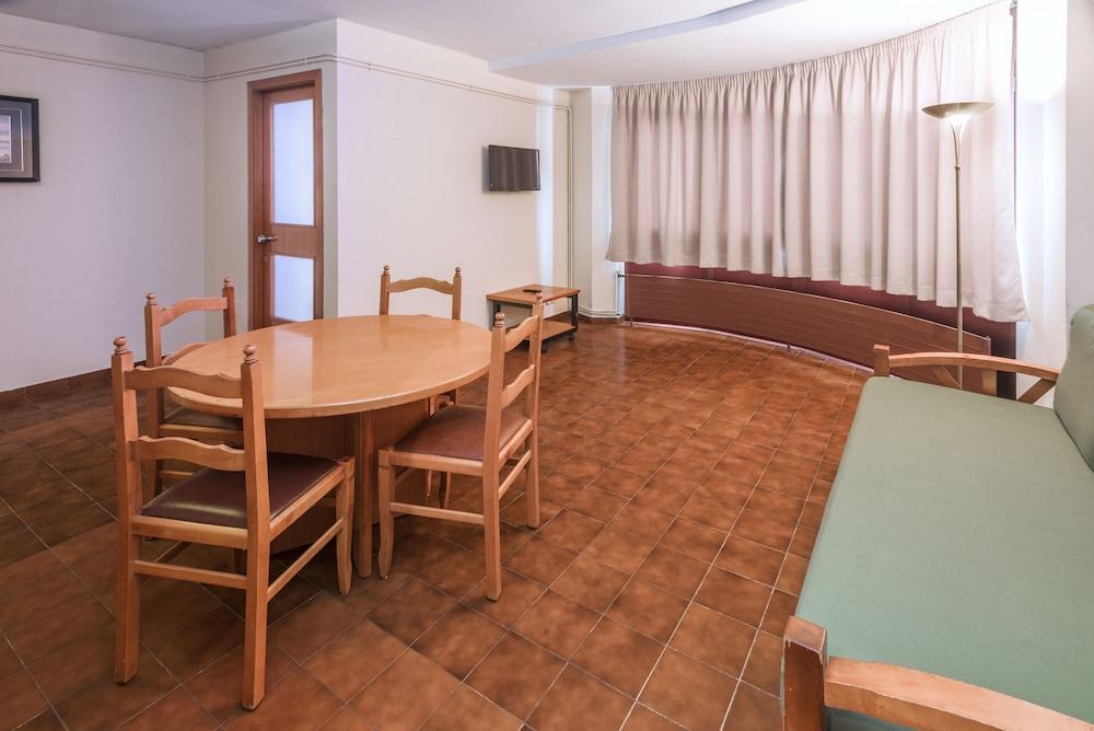 Hotel & Apartahotel SERHS Cosmos 3* №48