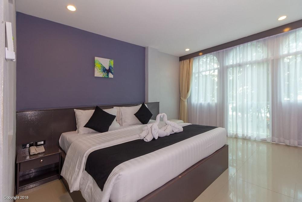 Modern Living Hotel - Patong, Thailand